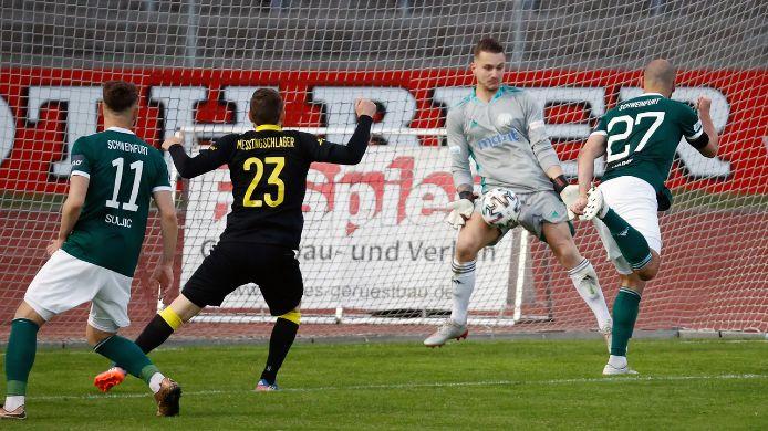 Schnüdel starten mit Sieg in die Regionalliga-Play-offs