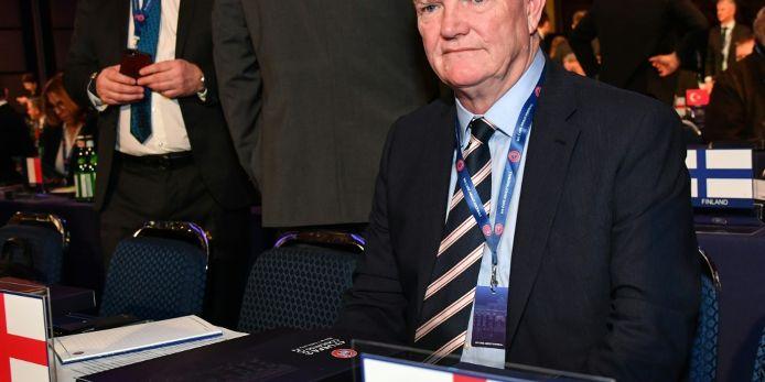 FA-Boss für Standby-Wechsel bei Kopfverletzungen