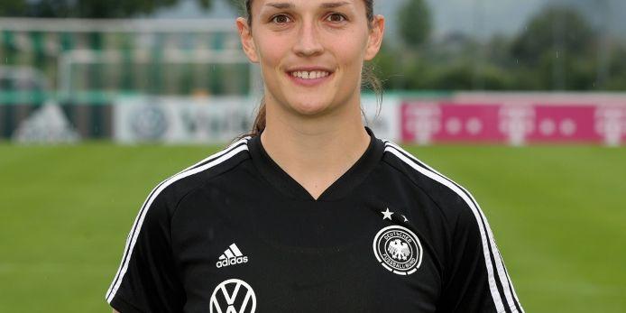 Nationaltorhüterin Benkarth bleibt bis 2022 bei Bayern