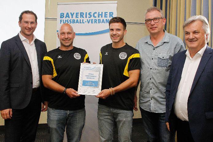 Zehn Jahre BFV-NLZ: Die SpVgg Oberfranken Bayreuth wurde in Nürnberg ausgezeichnet.