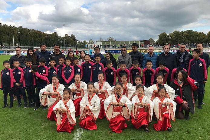 Chinesische Delegation zu Gast beim FC Memmingen