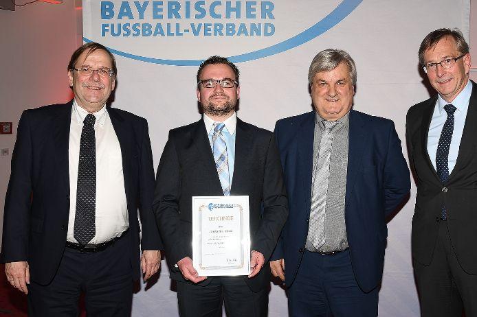 Ausgezeichnet: (von links) Rainer Koch, Johannes Böhm, Reinhold Baier und Oskar Riedmeyer.
