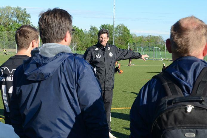 Feature Trainer und Betreuerschulungen