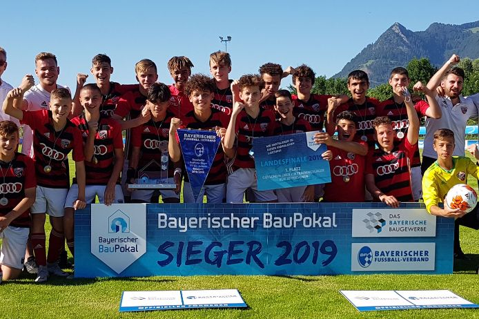 BauPokal Sieger 2019: die U15 des FC Ingolstadt 04