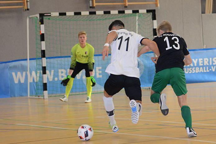 Spielszene bei der Bayerischen Hallenmeisterschaft der U19-Junioren.