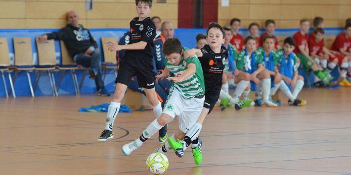 Spielszene bei der Bayerischen Hallenmeisterschaft der U11-Junioren 2015 in Nittenau.