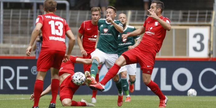Spielszene mit Martin Thomann (1. FC Schweinfurt 05) gegen TSV Havelse