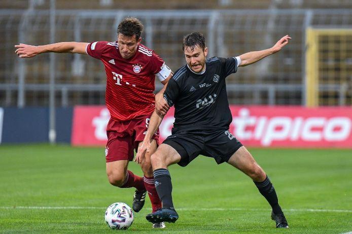 Spielszene FC Bayern München II - Viktoria Aschaffenburg