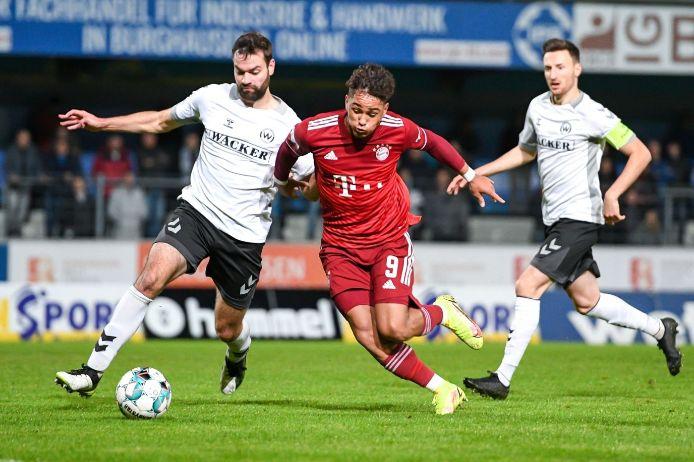 Spielszene SV Wacker Burghausen - Bayern München II