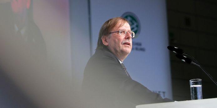 BFV-Präsident Rainer Koch redet beim DFB-Bundestag 2019