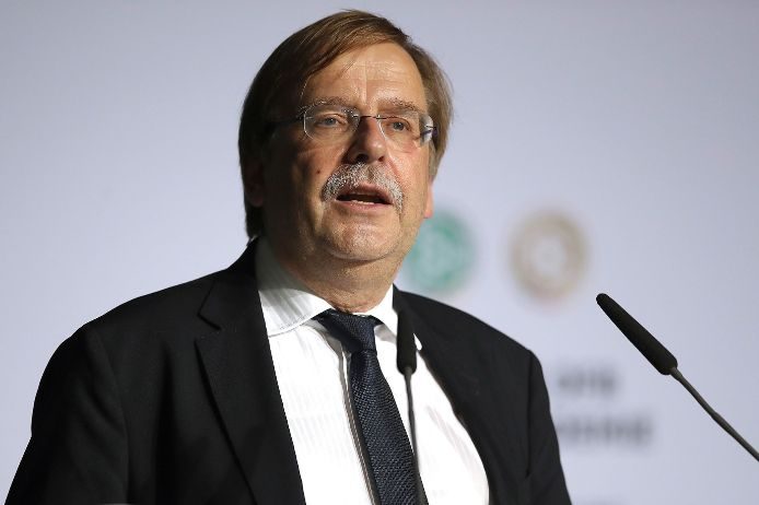 BFV-Präsdient Rainer Koch bei der Grundsteinlegung der neuen DFB-Zentrale 2019