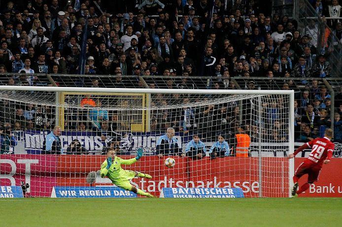 Marco Hiller bringt den TSV 1860 ins Toto-Pokalhalbfinale