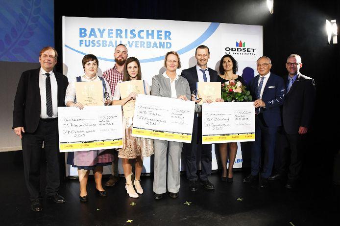 Die drei Sieger beim BFV-Ehrenamtspreis 2019.