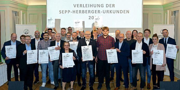 Verleihung der Sepp-Herberger-Urkunden im Jahr 2020
