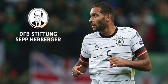 Nationalspieler Jonathan Tah unterstützt den Corona-Nothilfefonds der DFB-Stiftung Sepp Herberger.