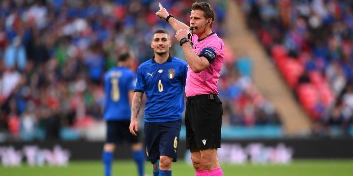 Felix Brych beim Halbfinale der EURO 2020 zwischen Italien und Spanien.