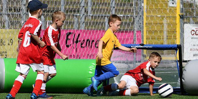 Bazzoka Goal