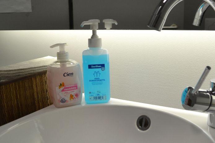 Desinfektionsmittel Hände waschen Feature